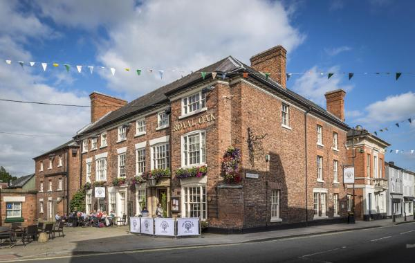 Royal Oak Hotel in Welshpool, Powys, Wales