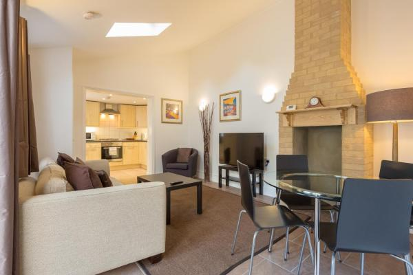 Cambridge Water House Apartment in Waterbeach, Cambridgeshire, England
