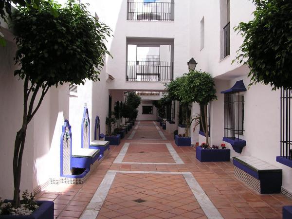Club Jardines del Puerto