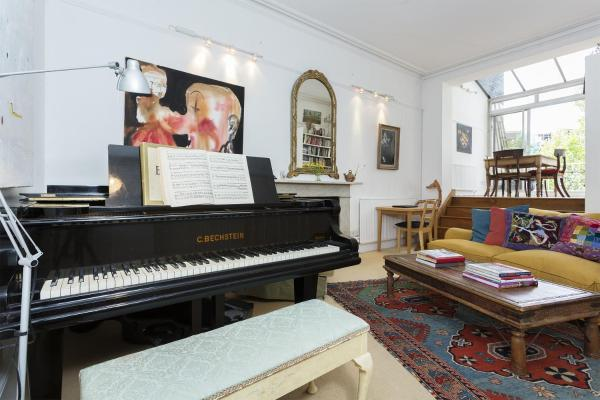 Two Bedroom Apartment in Notting Hill in London, Greater London, England