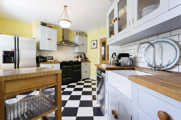 Three Bedroom House in Hampstead Garden Suburb in London, Greater London, England