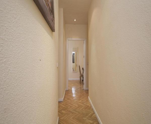 Gran Via Apartment 2