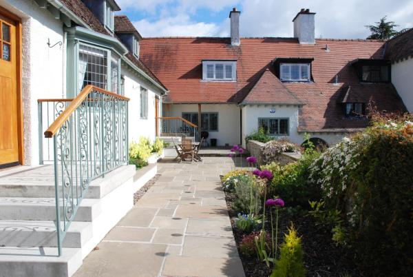 Sandford Country Cottages in Newport-On-Tay, Fife, Scotland