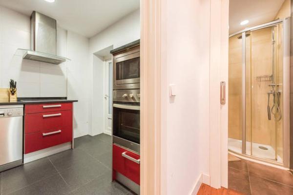 LiveAndEnjoy Madrid Apartrments