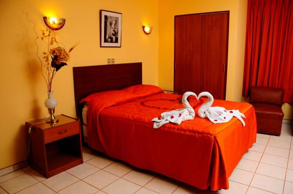 Hotel Centenario Huacho