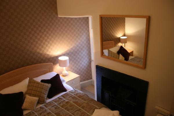 Royal Mile Budget Apartments in Edinburgh, Midlothian, Scotland