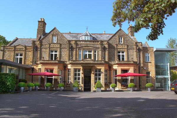 Lanes Hotel in West Coker, Somerset, England