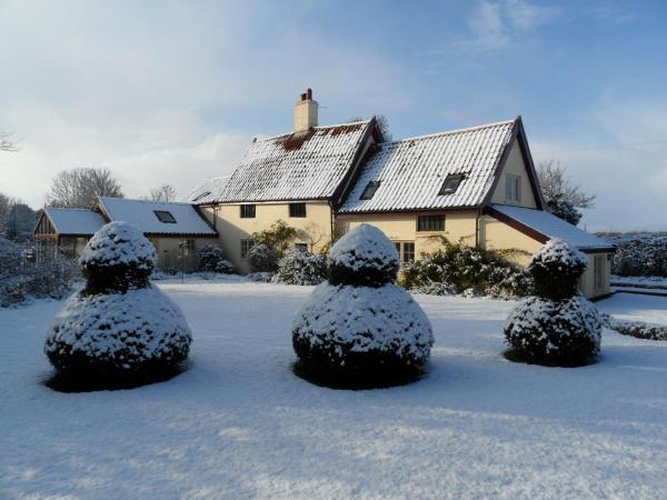 Holly Tree House Bed & Breakfast in Wingfield, Suffolk, England