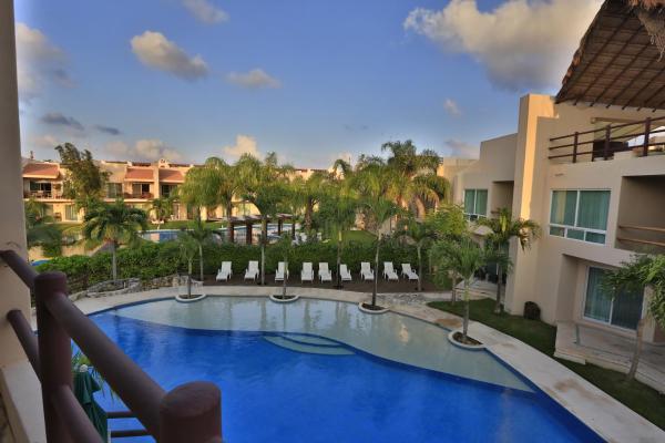 Coral Maya Condo Hotel_1