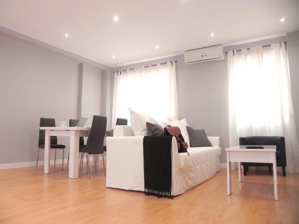Apartamentos Colon