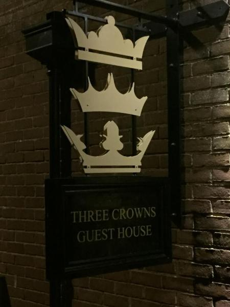 Three Crowns Guest House in Salisbury, Wiltshire, England