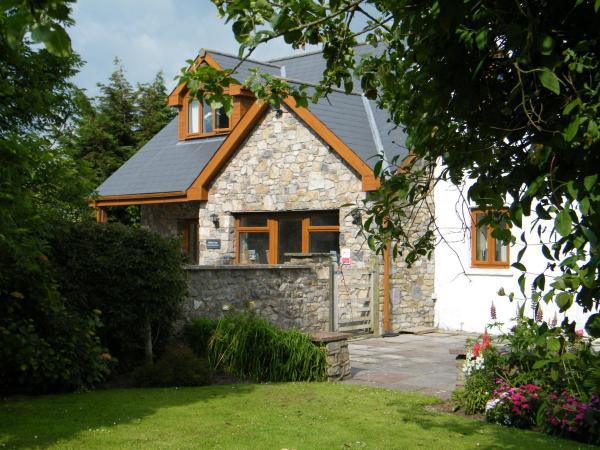 Ballas Farm Country Guest House in Bridgend, Bridgend, Wales