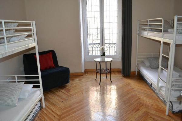 Rooms Arguelles 58