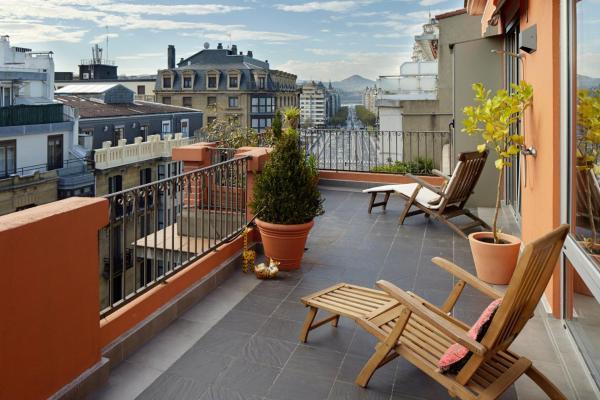 Gaindegi Apartment by FeelFree Rentals