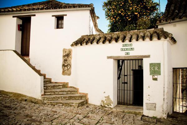TUGASA Casas Rurales Castillo de Castellar