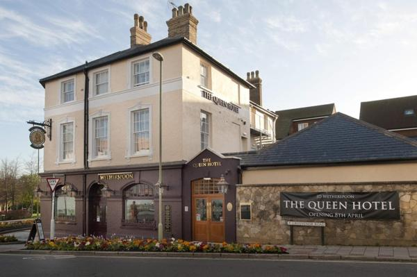 The Queen Hotel in Aldershot, Hampshire, England