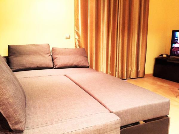 Lloret Beach Apartments
