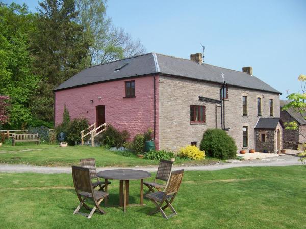 Brynderwen in Llangorse, Powys, Wales