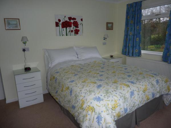 Snipelands Bed and Breakfast. in Nailsea, Somerset, England