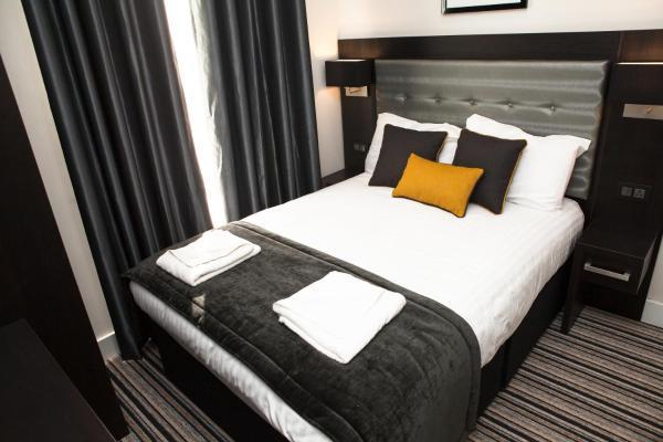 The Tudor Inn Hotel in London, Greater London, England