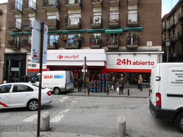 Apartamentos Paola Madrid Lavapies