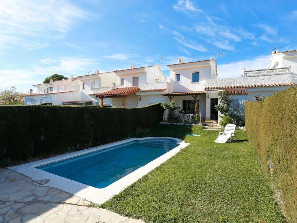 Holiday Home Miami Platja 2746