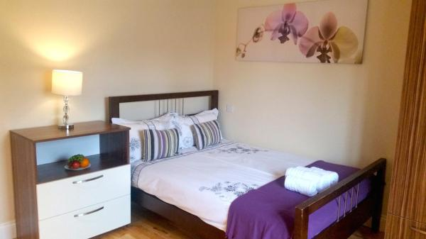 Beech Hall Road Guesthouse in Walthamstow, Greater London, England