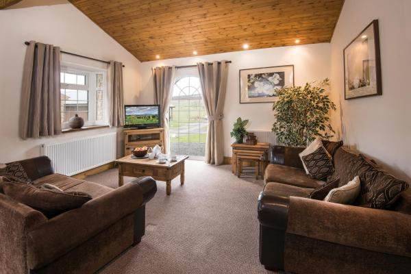 Alwinton Log Cabin in Longframlington, Northumberland, England