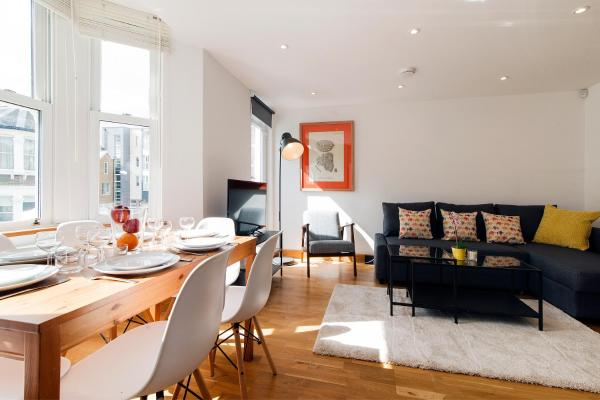 FG Apartment - Mirabel Road, Fulham in London, Greater London, England