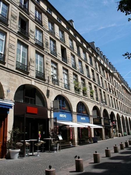 One Apartment In Paris
