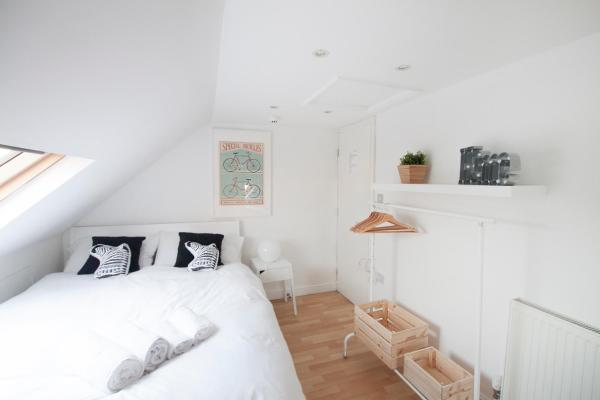 B&B Tooting Broadway 272 in London, Greater London, England