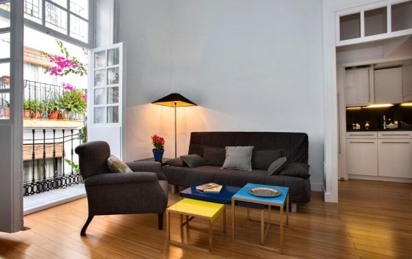Stylish Old Town apartment