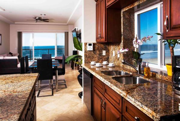 Playa Bonita Luxury Suites