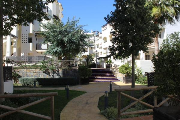 Apartemento La Duquesa 2036