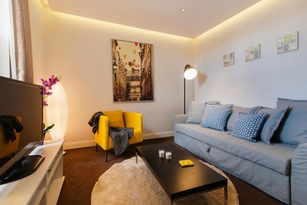 FG Apartment - Chelsea Fulham Road in London, Greater London, England