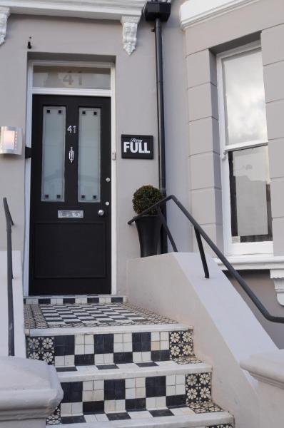 Phoenix Guest House in Hastings, East Sussex, England