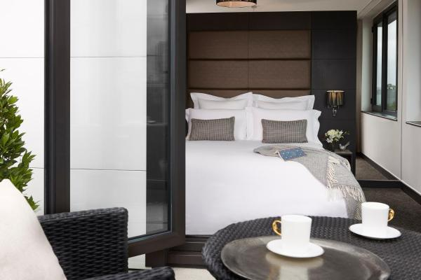 The Westbridge Hotel in London, Greater London, England