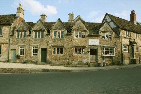 Snoozums at No 11 in Lacock, Wiltshire, England