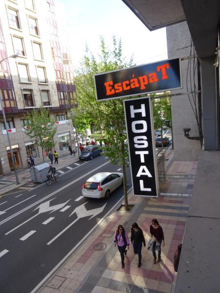 Hostal EscapaT