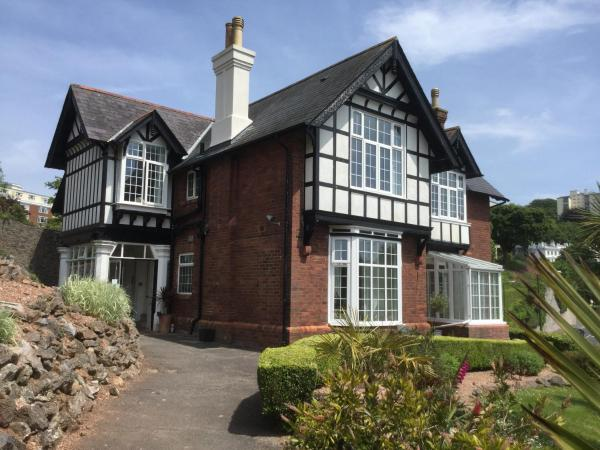 Bedford House Holiday Apartments in Torquay, Devon, England