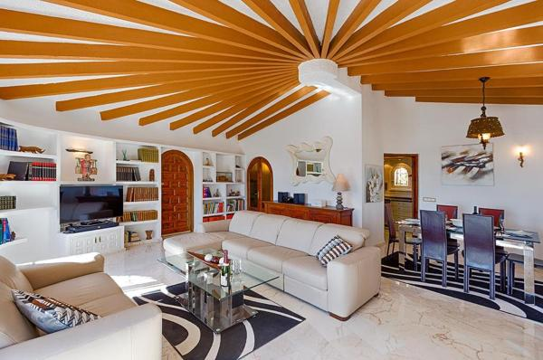 Five-Bedroom Apartment in Benissa with Pool II
