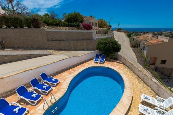 Six-Bedroom Apartment in Benissa with Pool I
