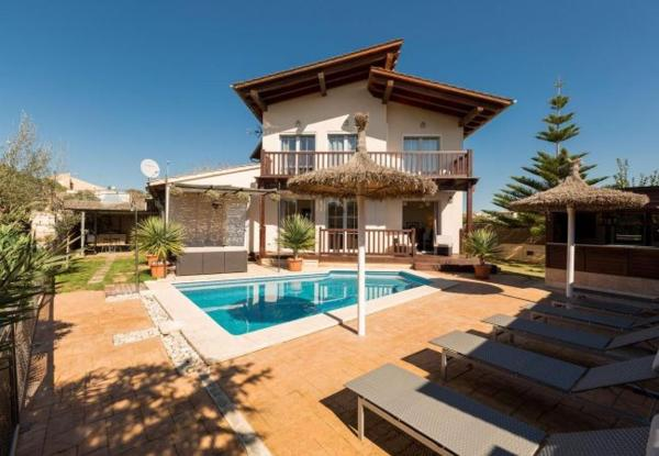Three-Bedroom Apartment in Mallorca with Pool XLV