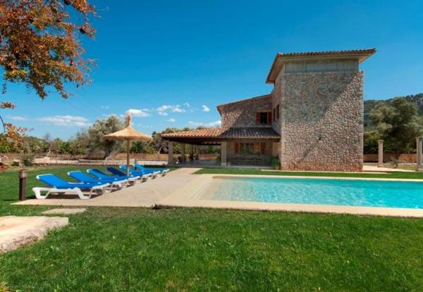 Four-Bedroom Apartment in Mallorca with Pool X