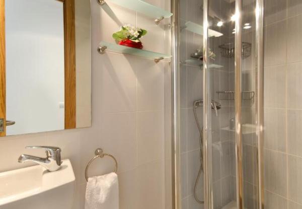 Three-Bedroom Apartment in Mallorca with Pool IX
