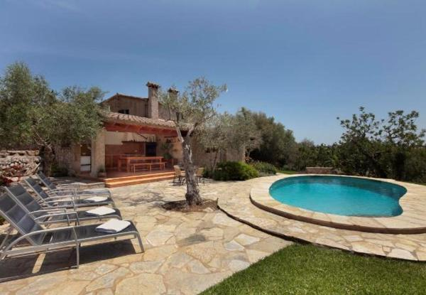 Two-Bedroom Apartment in Mallorca with Pool VI