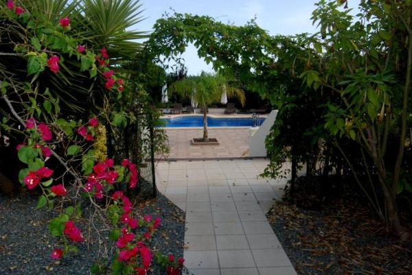 Five-Bedroom Apartment in Denia with Pool I