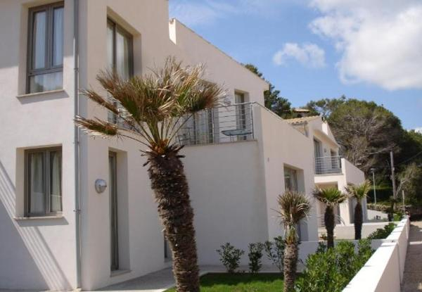 Three-Bedroom Apartment in Mallorca with Pool XX