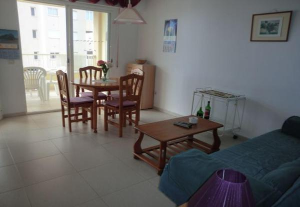 One-Bedroom Apartment in Alicante with Pool VI