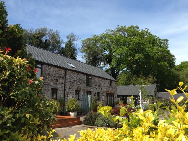 Petrock Holiday Cottages in Newton Saint Petrock, Devon, England